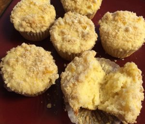 lemon-streusel-muffins-with-lemon-glaze-6573.jpg