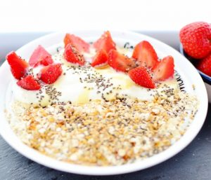 quick-toasted-oats-fruit-breakfast-bowl-6612.jpg