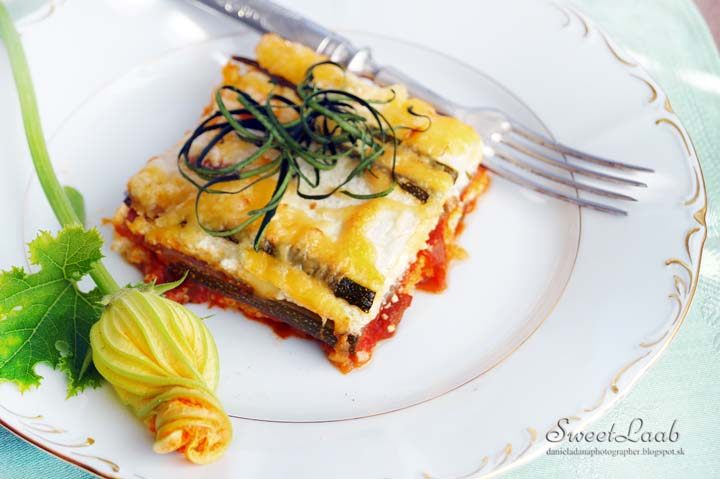 zucchini-no-noodle-lasagna-with-oyster-mushrooms-6642.jpg