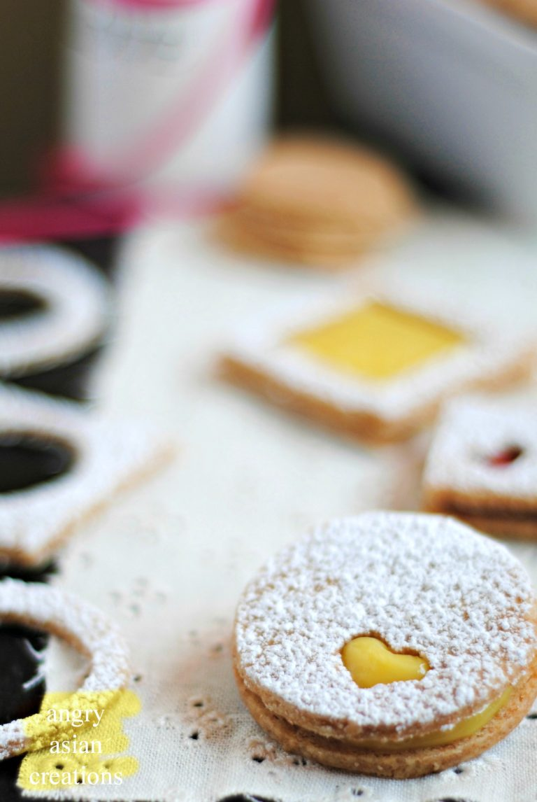 almond-linzer-cookies-with-lemon-curd-3605.jpg