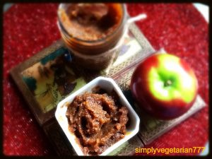 apple-pear-and-dates-swert-and-spicy-chutney-or-compote-4441.jpg