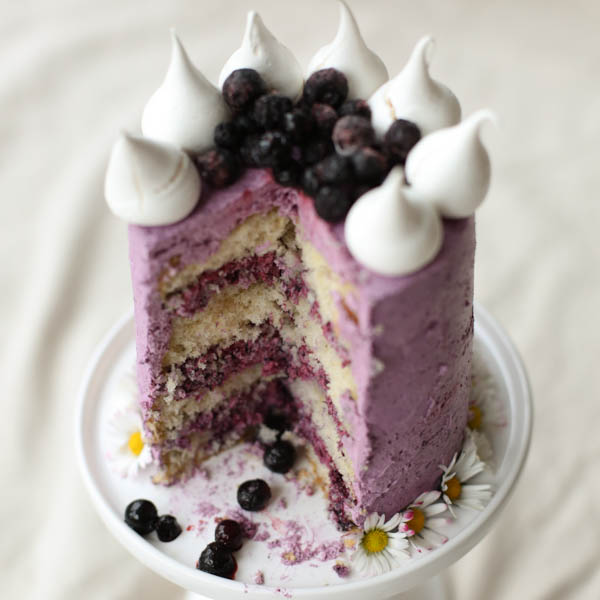 Cardamom and Blueberry Cake eRecipe