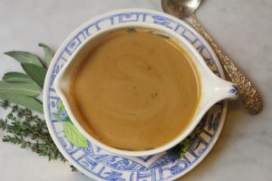 easiest-thanksgiving-gravy-ever-5657.jpg