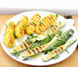 grilled-pineapple-courgette-salad-6603.jpg