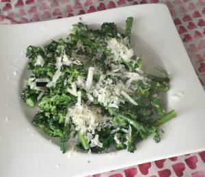 purple-sprouting-broccoli-and-roasted-garlic-6544.jpg