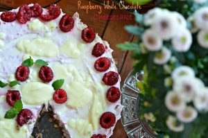 raspberry-white-chocolate-cheesecake-5397.jpg