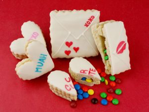 valentine-surprise-cookies-3588.jpg