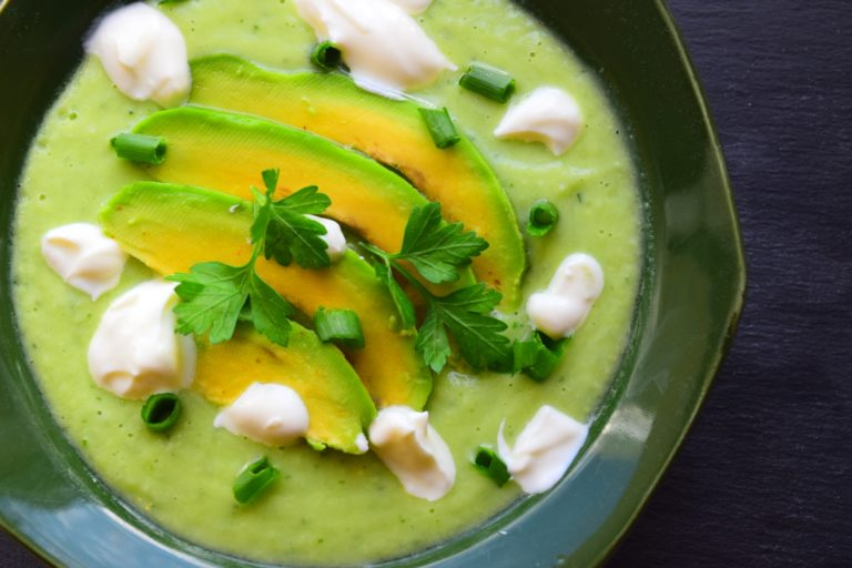 Chilled Avocado & Cucumber Soup