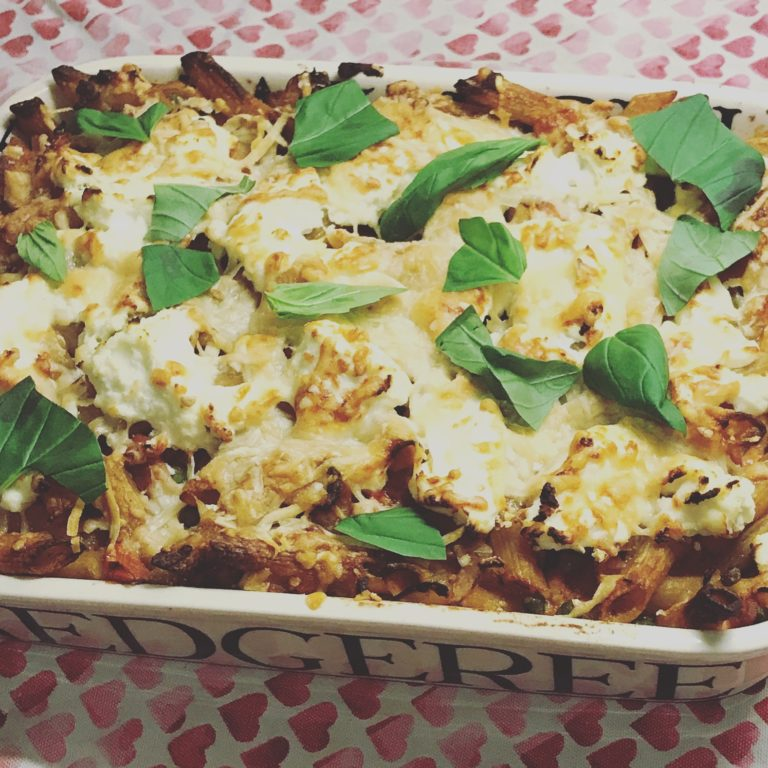 Penne Pasta Bake with Peas, Pancetta & Ricotta